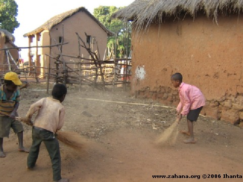 cleaning the village_in_Fiadanana_Madagascar