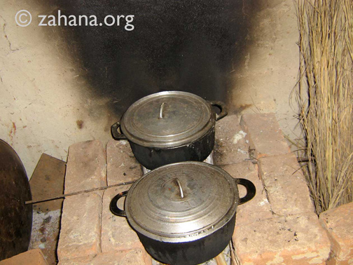 Teaching how to build and impoved cookstove in Madagascar