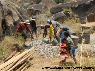 Building the water reservoir for Fiadanana madagascar